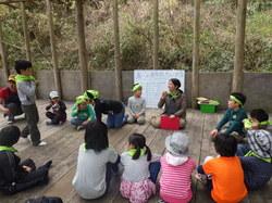 春の遊牧民キャンプ2.JPG