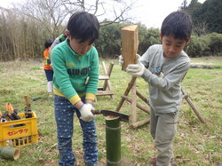 春の遊牧民キャンプ7.JPG