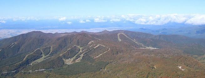 フォト&トレック~猫魔ヶ岳編~ 美しい紅葉と360度の大展望